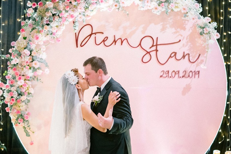 CRAZY IN LOVE   DIỄM & STAN